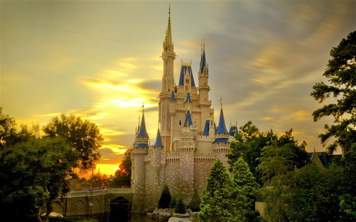 cinderella castle at sunset-city architecture wallpaper Views:21821