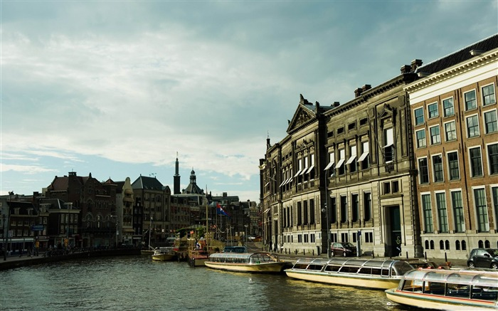 rokin amsterdam-Netherlands Landscape Wallpaper Views:7509 Date:5/21/2012 10:23:31 PM