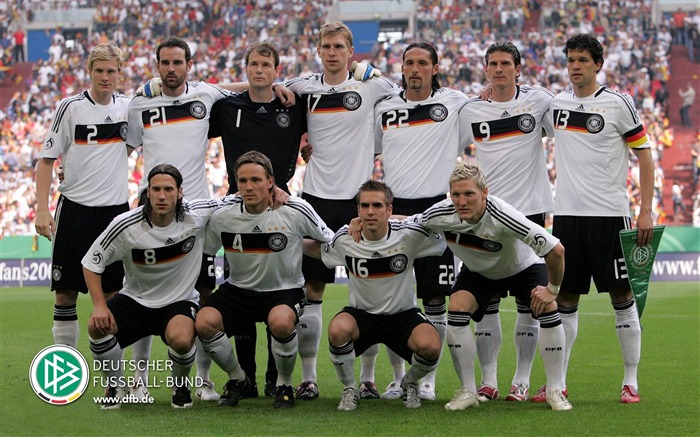 Germany soccer team-Euro 2012 wallpaper Views:13516