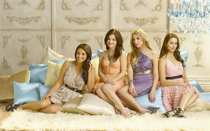 Pretty Little Liars Wallpaper 09 Views:7123