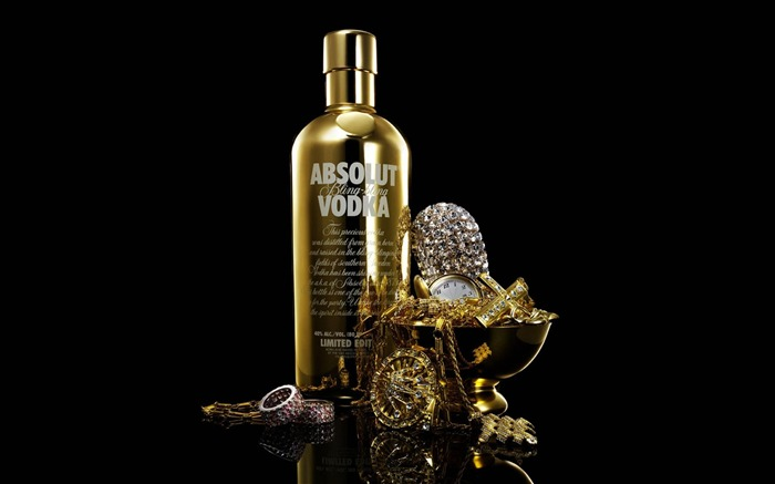 absolut vodka in gold-Brand advertising wallpaper Views:20960