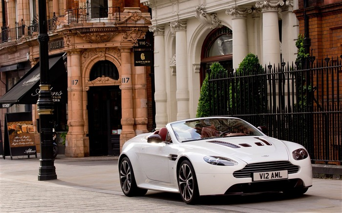 Aston Martin V12 Vantage roadster Auto HD Wallpaper 04 Views:6031
