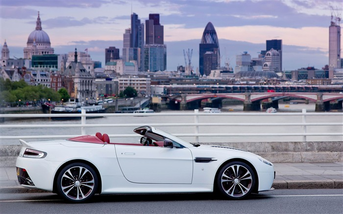 Aston Martin V12 Vantage roadster Auto HD Wallpaper 09 Views:6058
