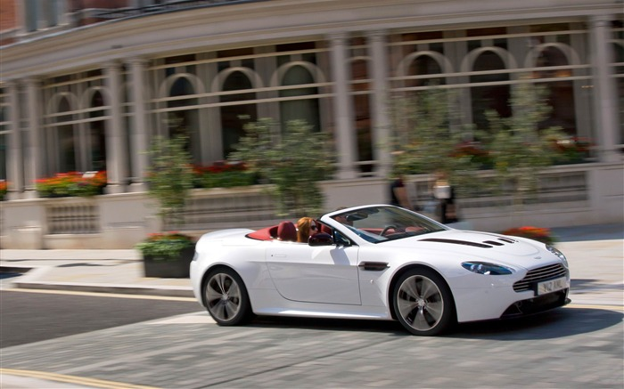Aston Martin V12 Vantage roadster Auto HD Wallpaper 11 Views:5291