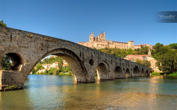 beziers languedoc roussillon-France landscape wallpaper Views:74054 Date:7/4/2012 7:42:43 PM