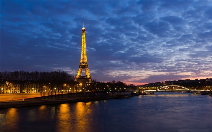 eiffel tower paris-France landscape wallpaper Views:45092 Date:7/4/2012 7:46:53 PM