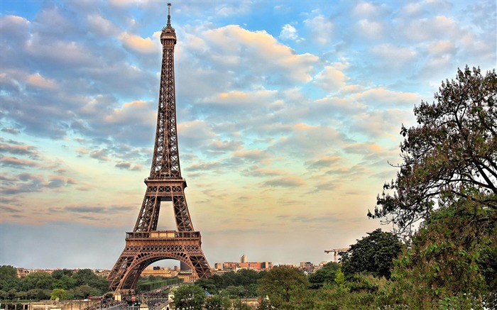 eiffel tower paris -France landscape wallpaper Views:57120 Date:7/4/2012 7:47:11 PM