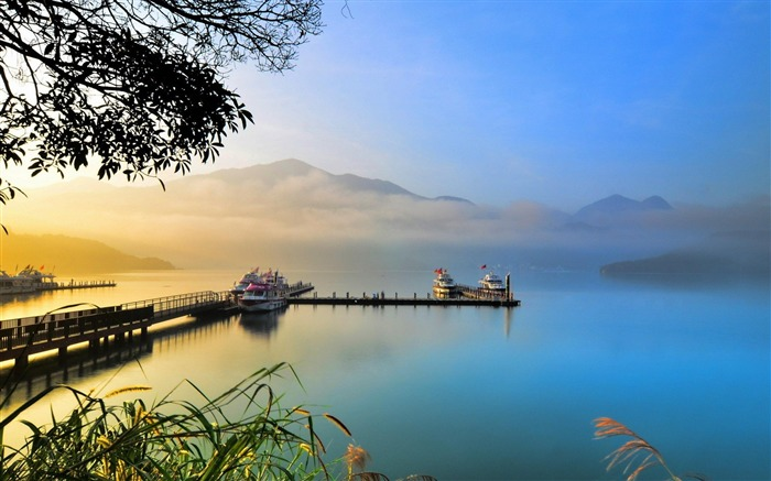 lake-natural landscape wallpaper Views:5456