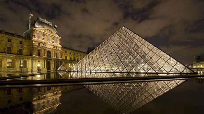 louvre museum paris-France landscape wallpaper Views:12755 Date:7/4/2012 7:50:56 PM