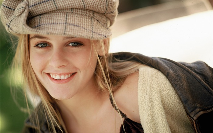 Alicia Silverstone beauty photo wallpaper Views:13957