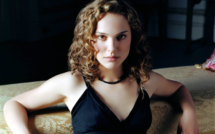 Natalie Portman beauty photo wallpaper Views:24105