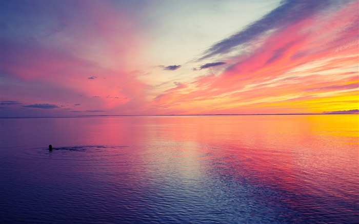 beautiful sunset at sea-landscape photo wallpapers Views:69705 Date:8/24/2012 2:29:14 AM