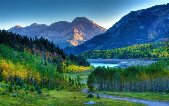 mt timpanogos sunset-American Photography Wallpapers Views:9473 Date:8/27/2012 12:12:59 AM