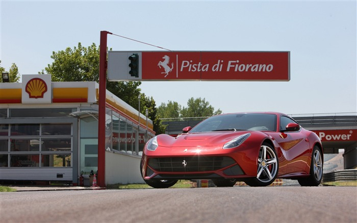 2012 Ferrari F12 Berlinetta Auto HD Wallpaper 13 Views:7401 Date:9/5/2012 7:55:12 PM