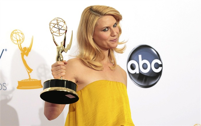 Claire Danes Actor-2012 64th Emmy Awards Highlights wallpaper Views:4842