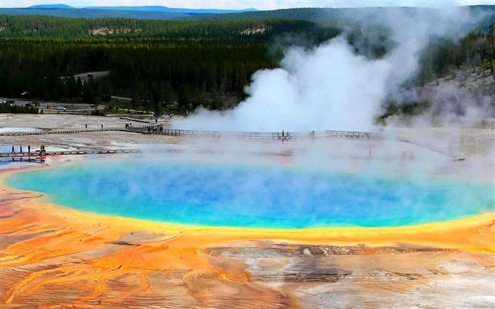 Grand Prismatic Spring Midway Geyser Basin-Nature Wallpapers Views:8873