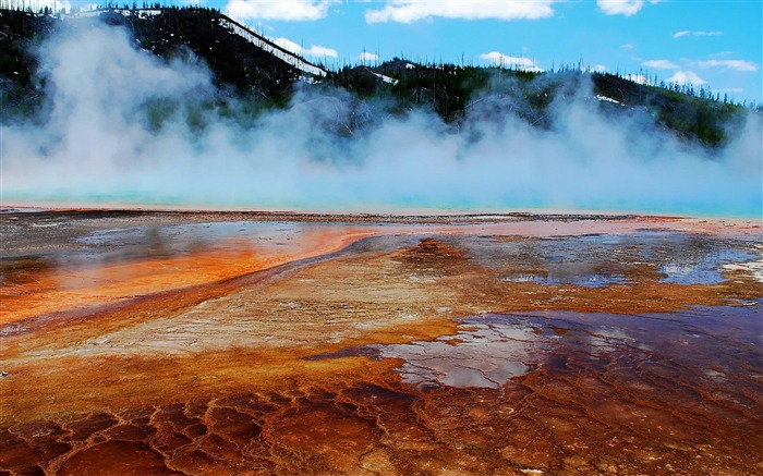 Grand Prismatic Spring Midway Geyser Basin Yellowstone-Nature Wallpapers Views:7914