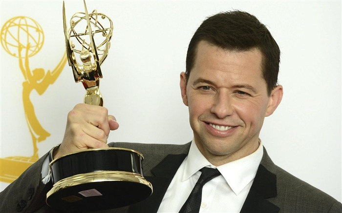 Jon Cryer-2012 64th Emmy Awards Highlights wallpaper Views:4068