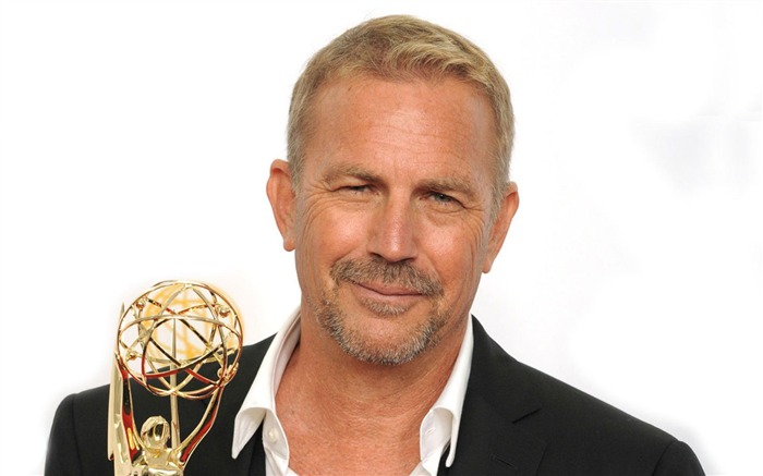 Kevin Costner Actor-2012 64th Emmy Awards Highlights wallpaper Views:12962
