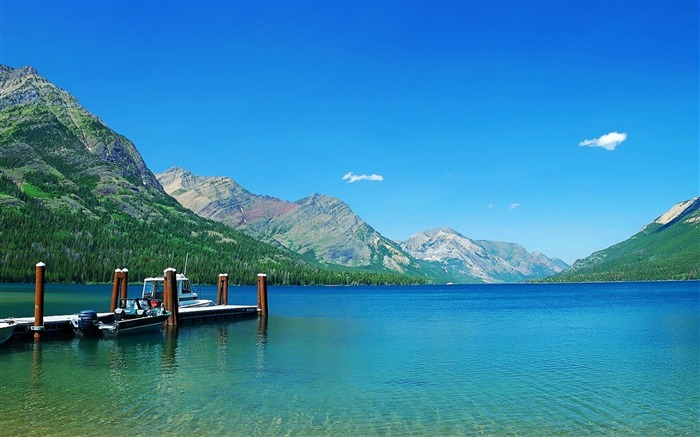 Waterton Lakes National Park-Nature Landscape Wallpapers Views:9733