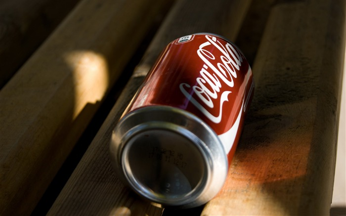 coke can-Fruit food HD Wallpapers Views:6348