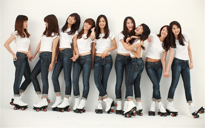 Girls Generation-beautiful idols combination of HD photo wallpapers 22 Views:4370