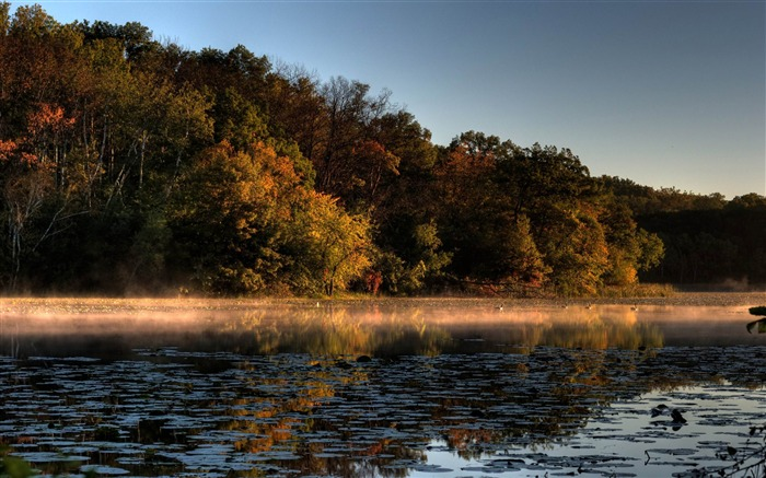 a tinge of fall jensen lake-Autumn Nature Wallpapers Views:5507
