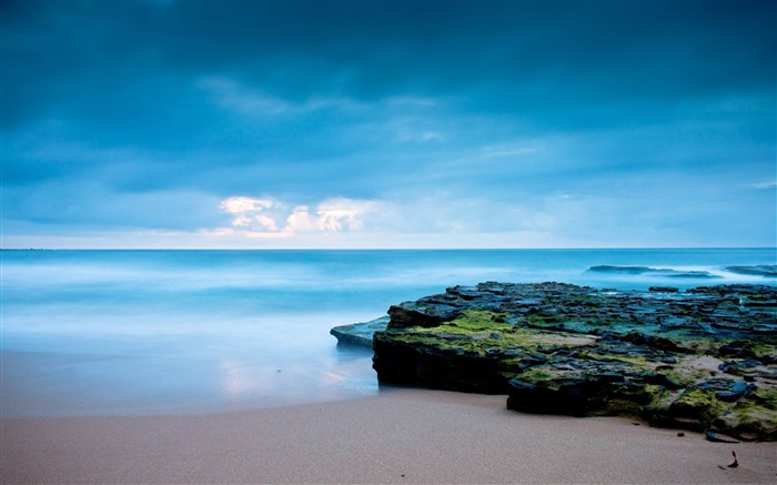 beach shore-Travel Nature Wallpapers Views:5674