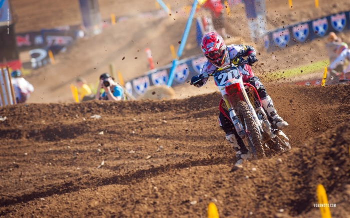 The Hangtown station-riders Justin Barcia desktop wallpaper Views:2422