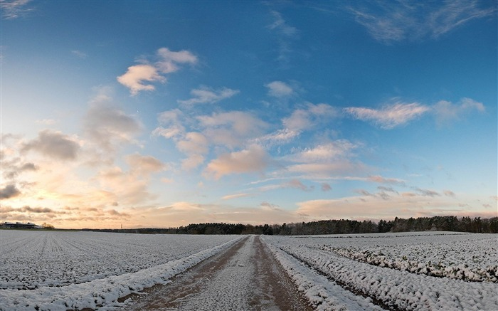 countryside field covered in snow-Winter natural landscape wallpaper Views:5645