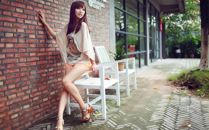 Pure leggy girls street shooting photo desktop wallpaper 08 Views:4708