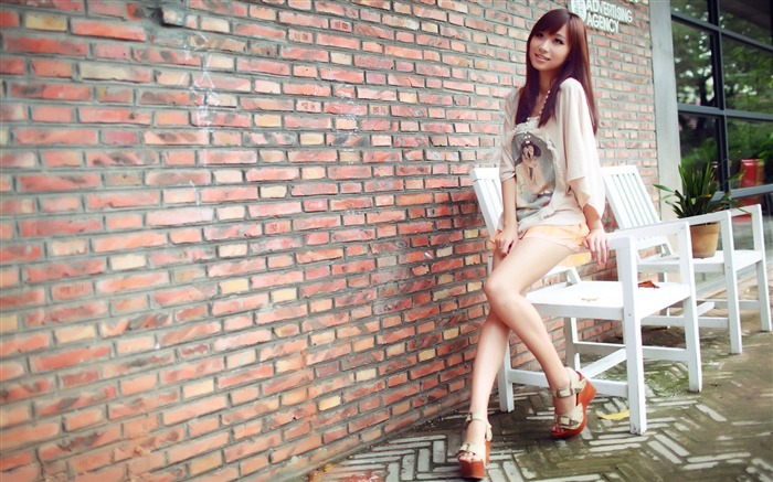 Pure leggy girls street shooting photo desktop wallpaper 12 Views:5728