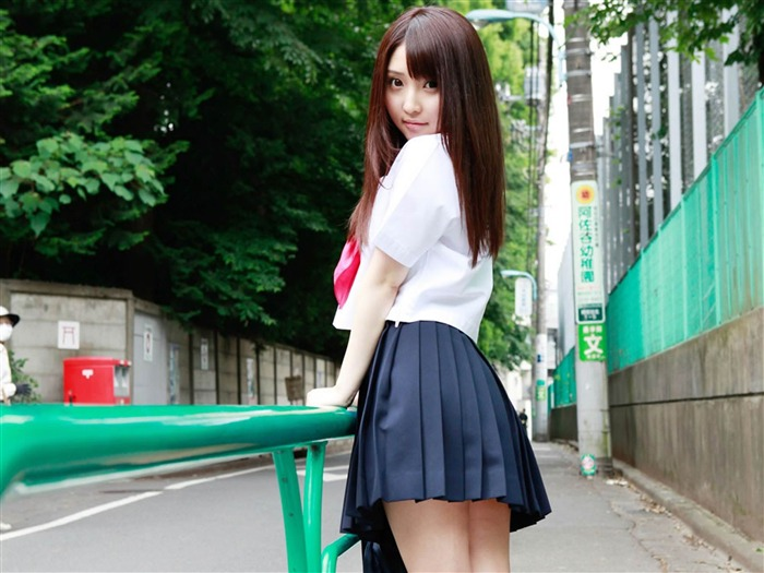 The pure japanese school girl with the beat on the streets desktop wallpapers album list page1 - Asian schoolgirl wallpaper ...