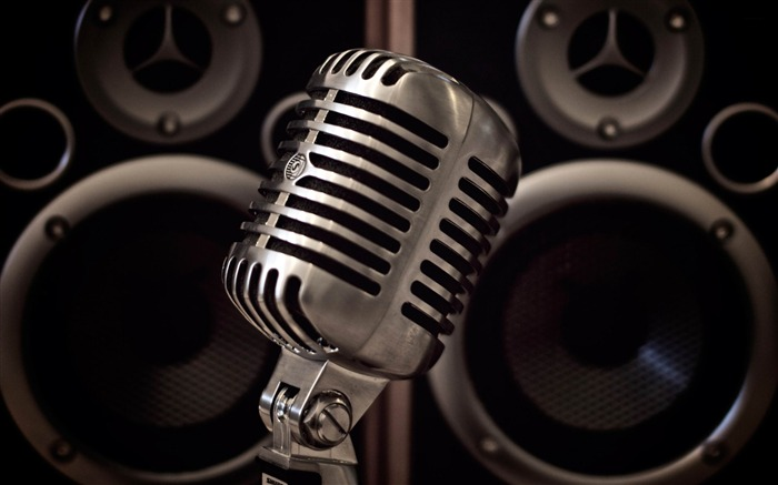 microphone and monitors-music theme Desktop Wallpaper Views:7704