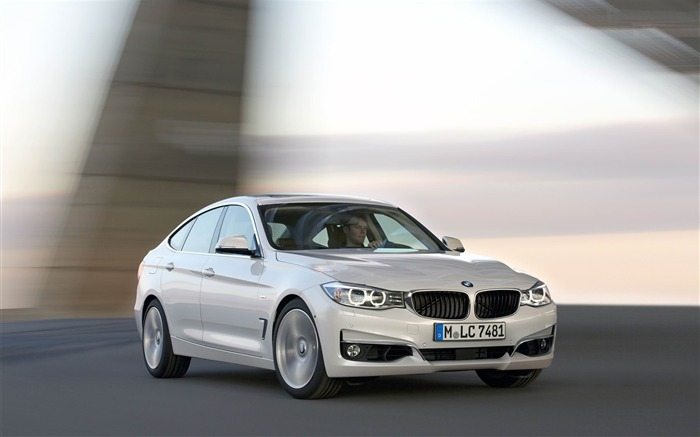2014 BMW 3 Series Gran Turismo Luxury Line Auto HD Wallpaper 01 Views:7122 Date:2/10/2013 1:51:47 AM
