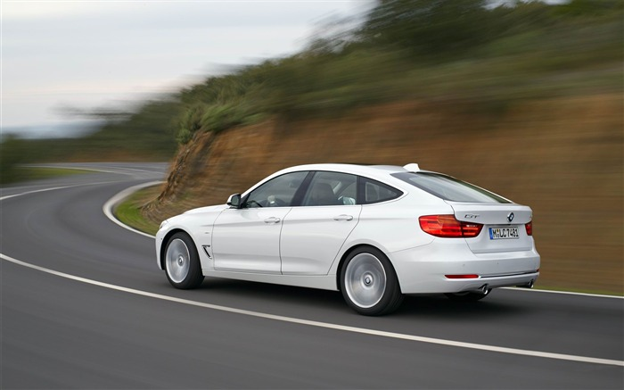 2014 BMW 3 Series Gran Turismo Luxury Line Auto HD Wallpaper 03 Views:7027 Date:2/10/2013 1:52:44 AM