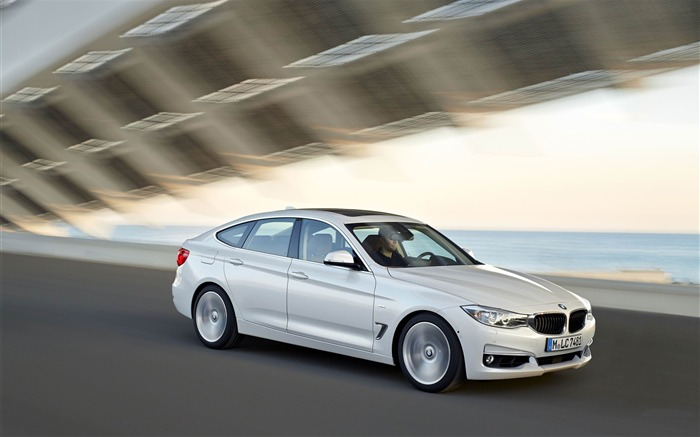 2014 BMW 3 Series Gran Turismo Luxury Line Auto HD Wallpaper 04 Views:6542 Date:2/10/2013 1:53:07 AM