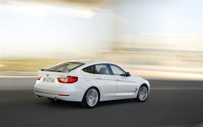2014 BMW 3 Series Gran Turismo Luxury Line Auto HD Wallpaper 05 Views:5302 Date:2/10/2013 1:53:39 AM