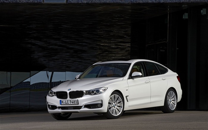 2014 BMW 3 Series Gran Turismo Luxury Line Auto HD Wallpaper 06 Views:10385 Date:2/10/2013 1:54:54 AM