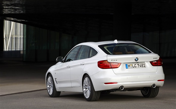 2014 BMW 3 Series Gran Turismo Luxury Line Auto HD Wallpaper 07 Views:5214 Date:2/10/2013 1:55:20 AM