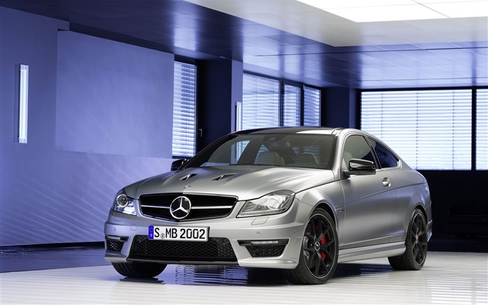 2014 Mercedes-Benz C63 AMG Edition 507 Auto HD Wallpaper 02 Views:6702 Date:2/21/2013 1:05:51 AM