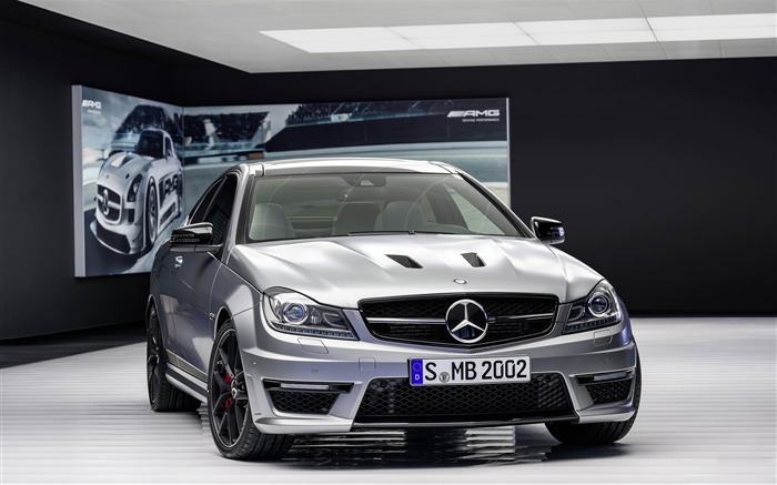 2014 Mercedes-Benz C63 AMG Edition 507 Auto HD Wallpaper 04 Views:5940 Date:2/21/2013 1:06:59 AM