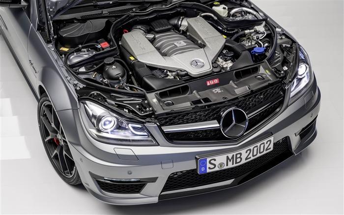 2014 Mercedes-Benz C63 AMG Edition 507 Auto HD Wallpaper 09 Views:7191 Date:2/21/2013 1:09:38 AM