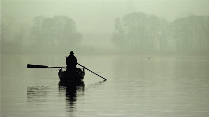 fisherman-Quality photography wallpaper Views:5027 Date:2/2/2013 11:40:21 PM