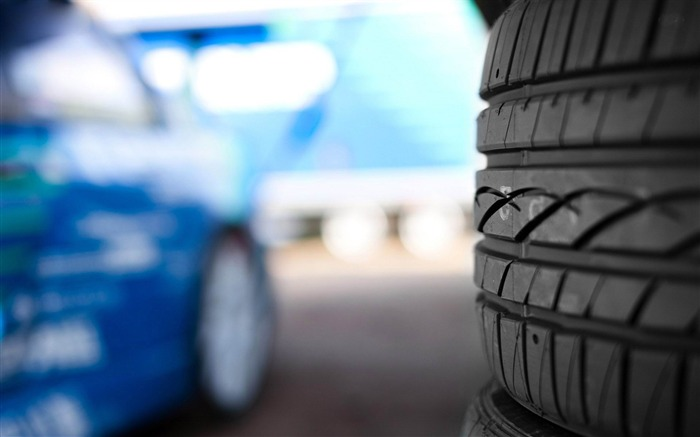 tires-Quality photography wallpaper Views:7851 Date:2/2/2013 11:36:14 PM