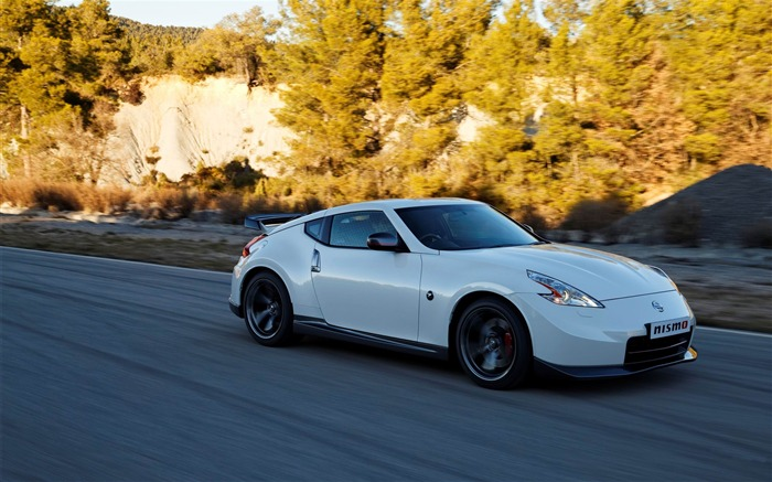 2014 Nissan 370Z Nismo Auto HD Desktop Wallpaper Views:13442