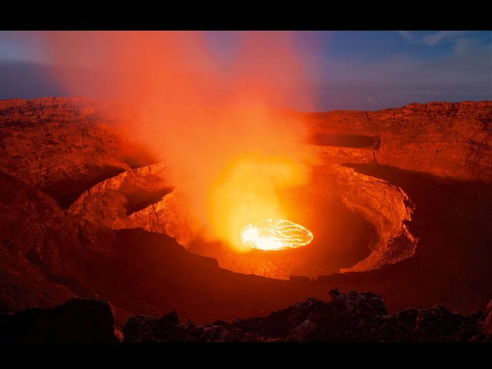 Volcanic eruption magma HD photography wallpaper 01 Views:7607 Date:3/21/2013 2:12:11 PM