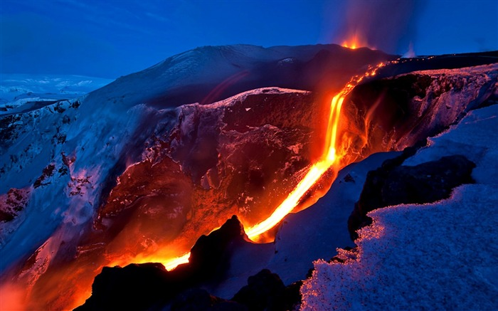 Volcanic eruption magma HD photography wallpaper 02 Views:4460