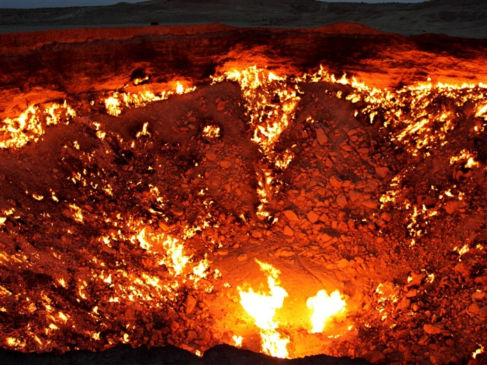 Volcanic eruption magma HD photography wallpaper 05 Views:6058