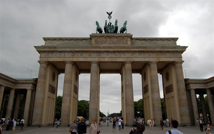 brandenburg gate berlin germany-Cities landscape widescreen wallpaper Views:7581